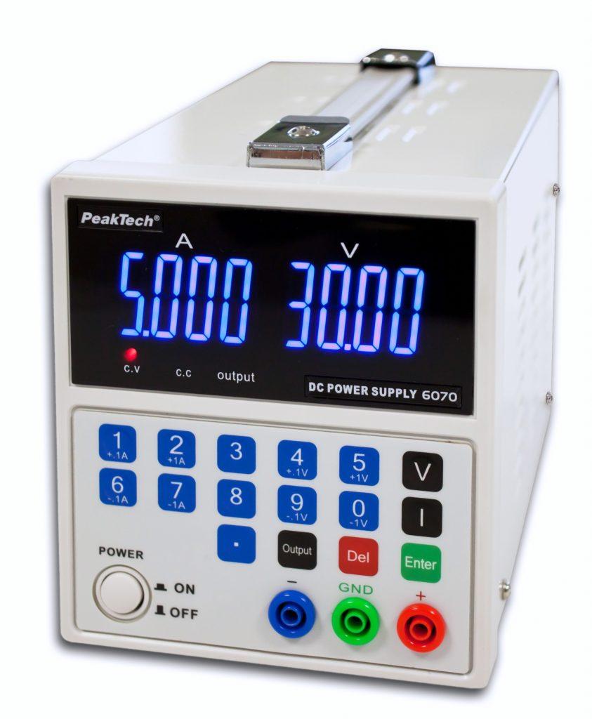 Izvor napetosti enosmerni 0-30V (DC) z USB